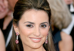 Penelope Cruz at the Oscars 2008