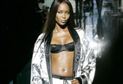 Marie Claire News: Naomi Campbell on Dolce & Gabbana catwalk
