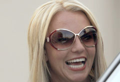 Marie Claire Celebrity News: Britney Spears