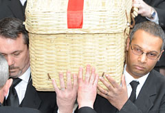 Funeral of Wendy Richard-09 March 2009