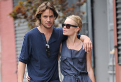 James Rousseau and Kate Bosworth - Celebrity News - Marie Claire