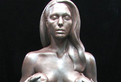 Angelina Jolie sculpture, Landmark For Breastfeeding by Daniel Edwards