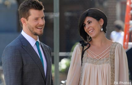 Jamie Lynn Sigler and Eric Mabius - Celebrity News - Marie Claire