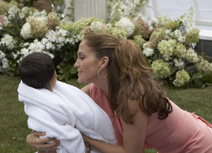 Jennifer Lopez My Glow - Behind the Scenes - Celebrity news - Marie Claire