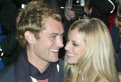 Jude Law and Sienna Miller - Celebrity News - Marie Claire