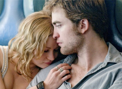 Robert Pattinson - Remember Me - Robert Pattinson Remember Me - Celebrity News - Marie Claire
