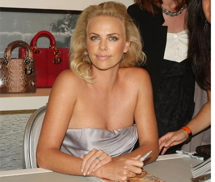 Charlize Theron and Stuart Townsend reportedly split