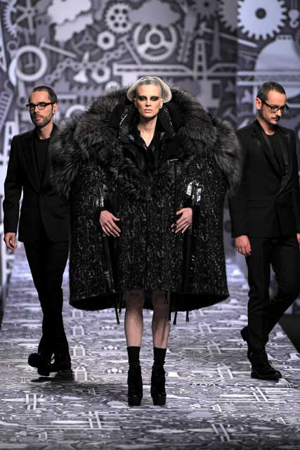 Viktor & Rolf Autumn/Winter 2010, Paris Fashion Week