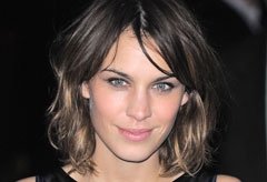 Alexa Chung collaborates with Madewell - Fashion News - Marie Claire