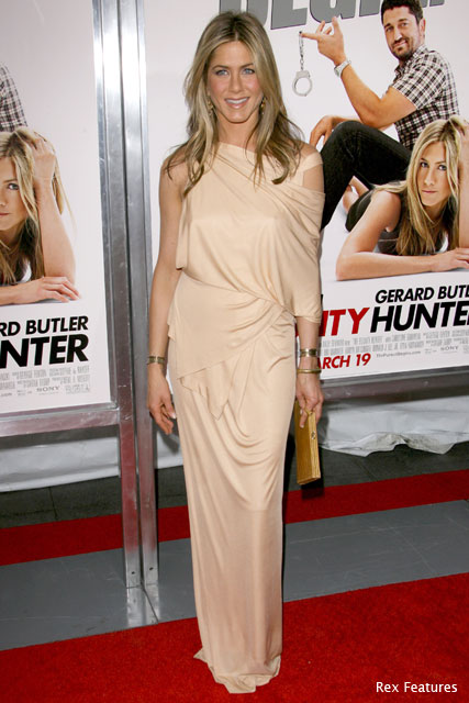 Jennifer Aniston and Gerard Butley - Bounty Hunter New York Premiere - News - Marie Claire