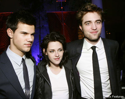 Robert Pattinson, Kristen Stewart and Taylor Lautner - National Movie Awards - Twilight - Celebrity News - Marie Claire