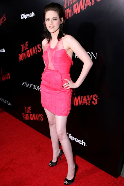 Kristen Stewart at the Runaways Premiere, LA - Red Carpet, see pictures - Marie Claire