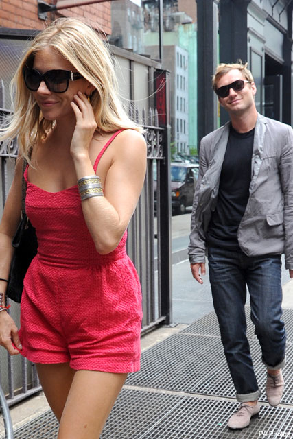 Sienna Miller & Jude Law - Sienna and Jude's romantic lunch date - Celebrity News - Marie Claire