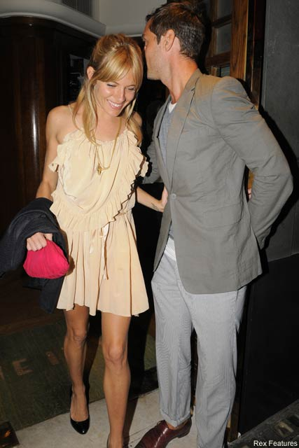 Jude Law and Sienna Miller - Jude and Sienna to wed in France? - Jude Law - Sienna Miller - Celebrity News - Marie Claire