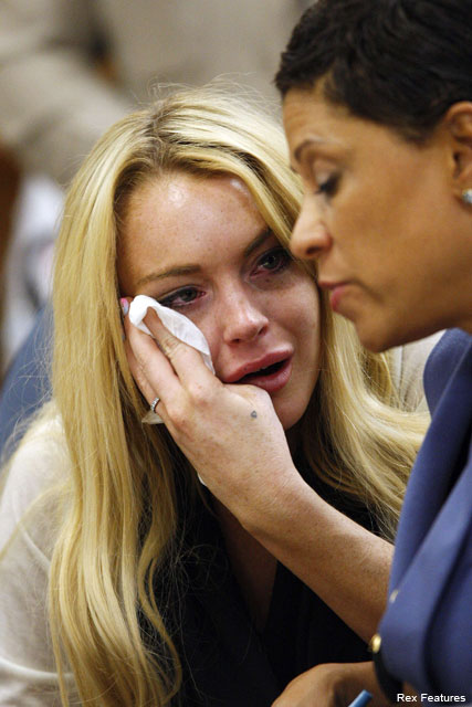 Lindsay Lohan - Lindsay Lohan sentenced to 90 days in jail - Celebrity News - Marie Claire