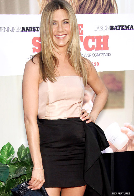 Jennifer Aniston - Jennifer Aniston on Bill O'Reilly's ?Rude? motherhood Comments - The Switch - Jennifer Aniston motherhood - Jennifer Aniston pictures - Celebrity News - Marie Claire