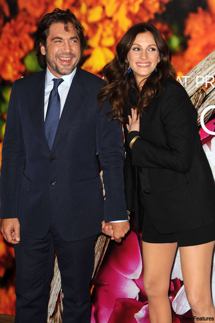Julia Roberts wows in short shorts at Eat Pray Love premiere - Javier Bardem, see, pics, pictures, black, blazer, style, red carpet, celebrity, news, Marie Claire