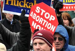 Abortion campaigners - News - Marie Claire