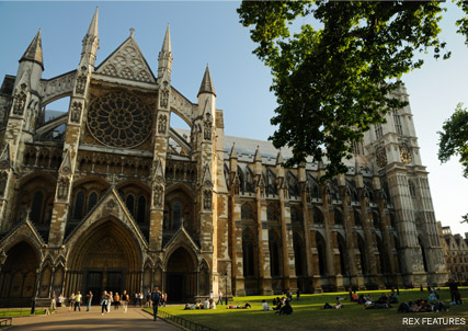 Westminster Abbey - Kate Middleton spotted visiting possible wedding locations - Kate Middleton Prince William - Westminster Abbey - Celebrity News - Marie Claire