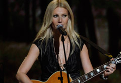 Gwyneth Paltrow - Annual CMAs - Country Music Awards, 44th, Nashville, Tennese, red carpet, arrivals, performs, performance, on, stage, sings, singing, see, pics, pictures, celebrity, fashion, Marie Claire