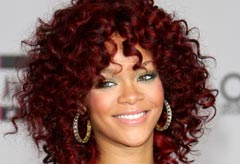Rihanna reveals puddle perm hairstyle at the 2010 American Music Awards