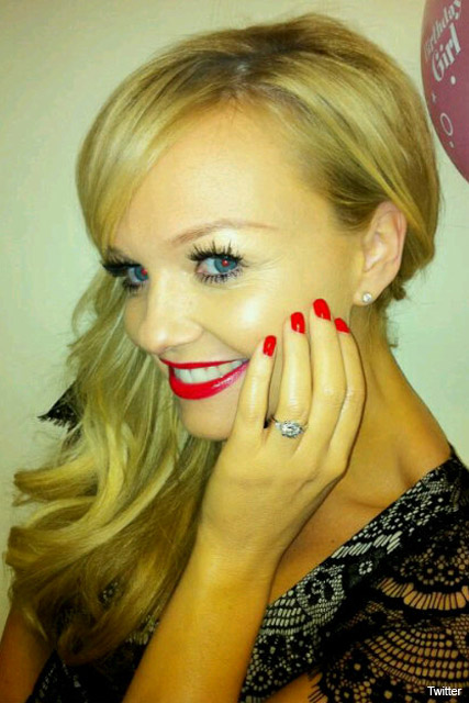 emma bunton engaged announces engagement posts picture twitter ring