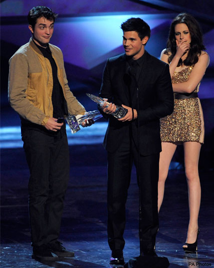 Robert Pattinson, Kristen Stewart and Taylor Lautner - Twilight - People