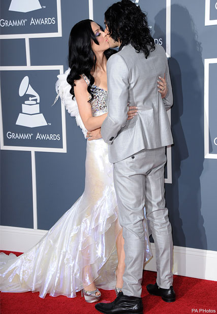 Katy Perry and Russell Brand - WATCH! Katy Perry shows off wedding snaps during Grammys performance - Grammys 2011 - Katy Perry Grammys - Katy Perry Wedding - Katy Perry Russell Brand - Russell Brand Katy Perry Wedding - Wedding Pictures - Katy Perry Gram