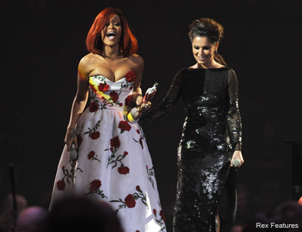 Rihanna and Cheryl Cole - WATCH! Rihanna
