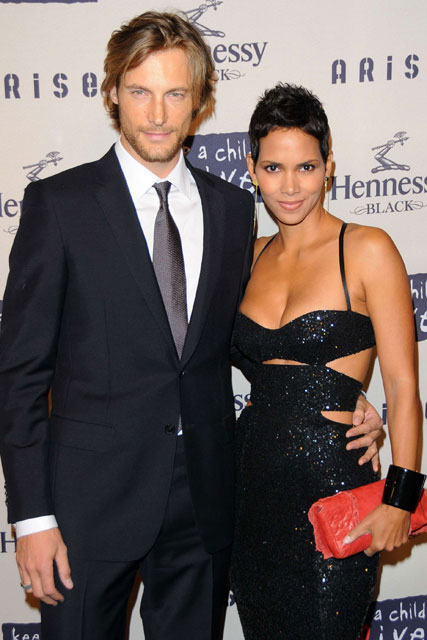 Gabriel Aubry and Halle Berry - What you missed this week