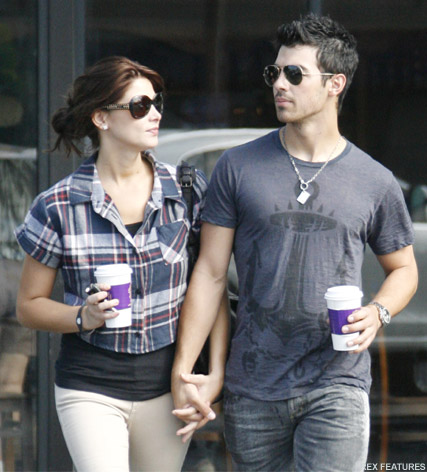 Ashley Greene Joe Jonas - Ashley Greene and Joe Jonas split - Ashley Greene - Joe Jonas - Marie Claire - Marie Claire UK