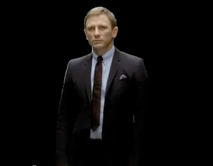 Daniel Craig - Daniel Craig dresses up for International Womens Day - International Womens Day - Marie Claire - Marie Claire UK