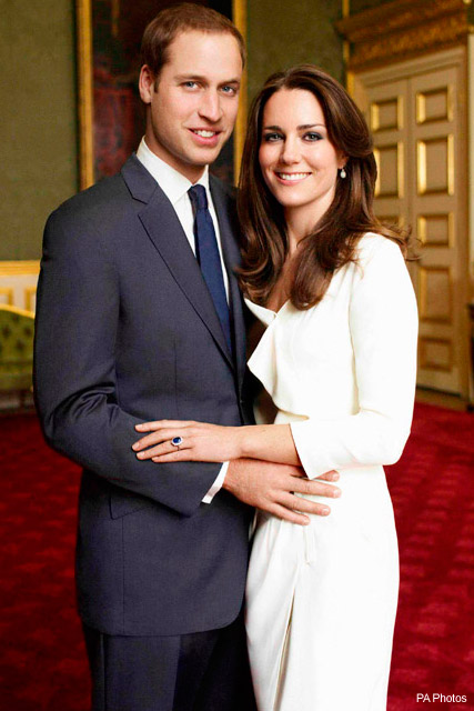 Kate Middleton wears high street dress in official engagement photo by Mario Testino