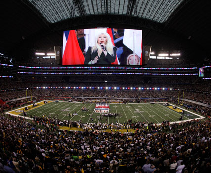 Christina Aguilera at the Super Bowl 2011 - National Anthem error