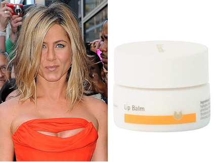 Jennifer Aniston - Jennifer Aniston?s £10 beauty secret revealed! - Jennifer Aniston?sbeauty secret - Jennifer Aniston hair - Jennifer Aniston beauty - Marie Clarie - Marie Clarie UK