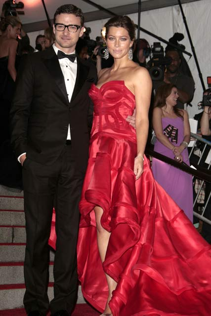 Jessica Biel-and-Justin Timberlake-Costume Institute Gala 2009-Celebrity Photos-5 May 2009