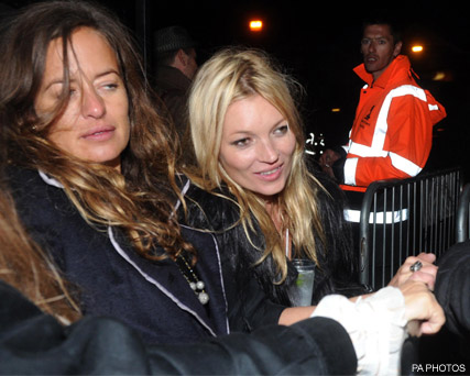 Kate Moss and Jade Jagger - Kate Moss hits Isle of Wight for star-studded hen do - Kate Moss hen do - Kate Moss Isle of Wight - Isle of Wight - Festival - Jamie Hince - Wedding - Marie Claire - Marie Claire UK