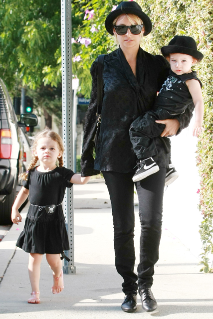 Nicole Richie with children Harlow and Sparrow