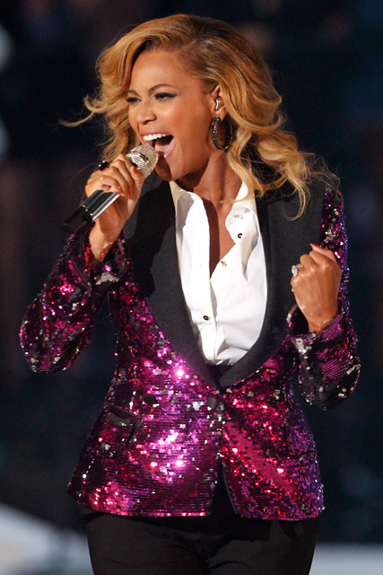 Beyonce - Beyonce pregnant - Beyonce baby bump - Beyonce MTV Video Music Awards - Beyonce pregnant with first chid - Jay-Z - Beyonce Jay-Z - Beyonce baby bump pictures - Marie Claire - Marie Claire UK