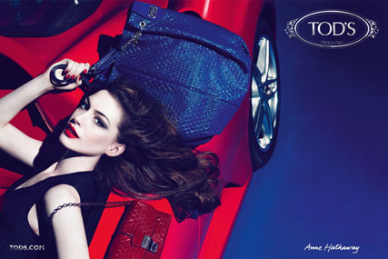 tod's - tods - anne hathaway - campaign - signature collection