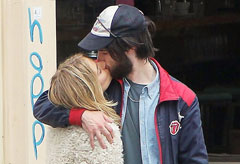 Sienna Miller and Tom Sturridge pregnant and engaged?  - Marie Claire - Marie Claire UK