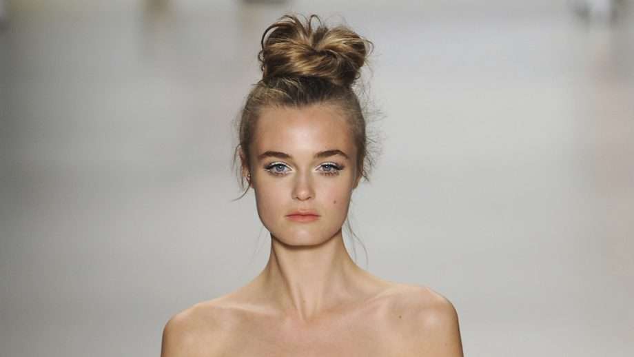 Prime Top Knot Hairstyles The Best Top Knots For Every Occassion Short Hairstyles Gunalazisus