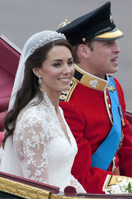 Prince William Kate Middleton - Prince William - Kate Middleton - Royal Wedding - The Queen - Prince William reveals the Queen helped plan his wedding - Marie Claire - Marie Claire UK
