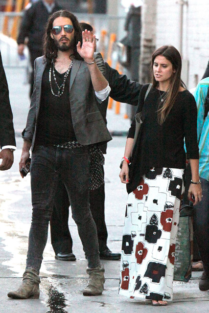 russell brand now dating Russell brand is expecting his first child with his girlfriend.