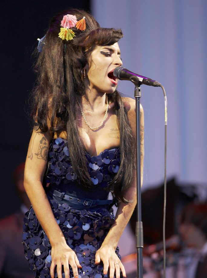 Amy Winehouse Glastonbury