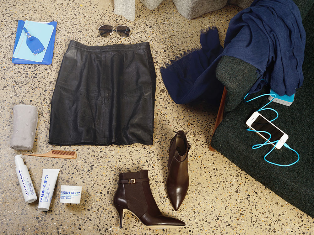 Pointy-toed Michael Kors booties, leather skirt and aviator sunnies