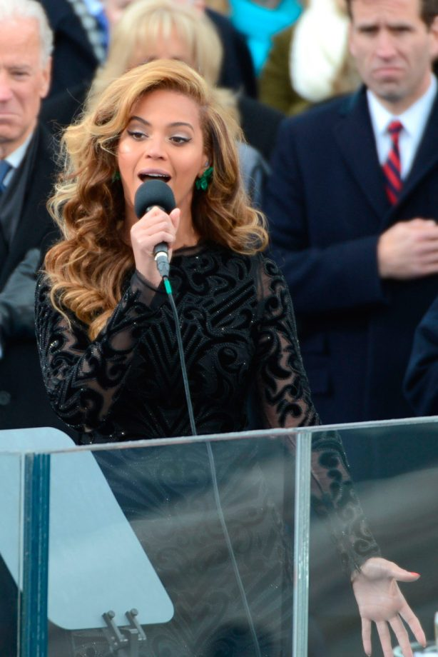 Beyonce sings at President Obama's Inauguration