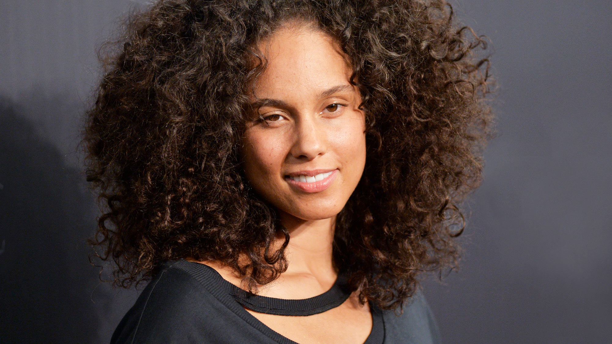 Pleasant Curly Hairstyles The Best Curly Hairstyles And How To Get Them Hairstyles For Women Draintrainus