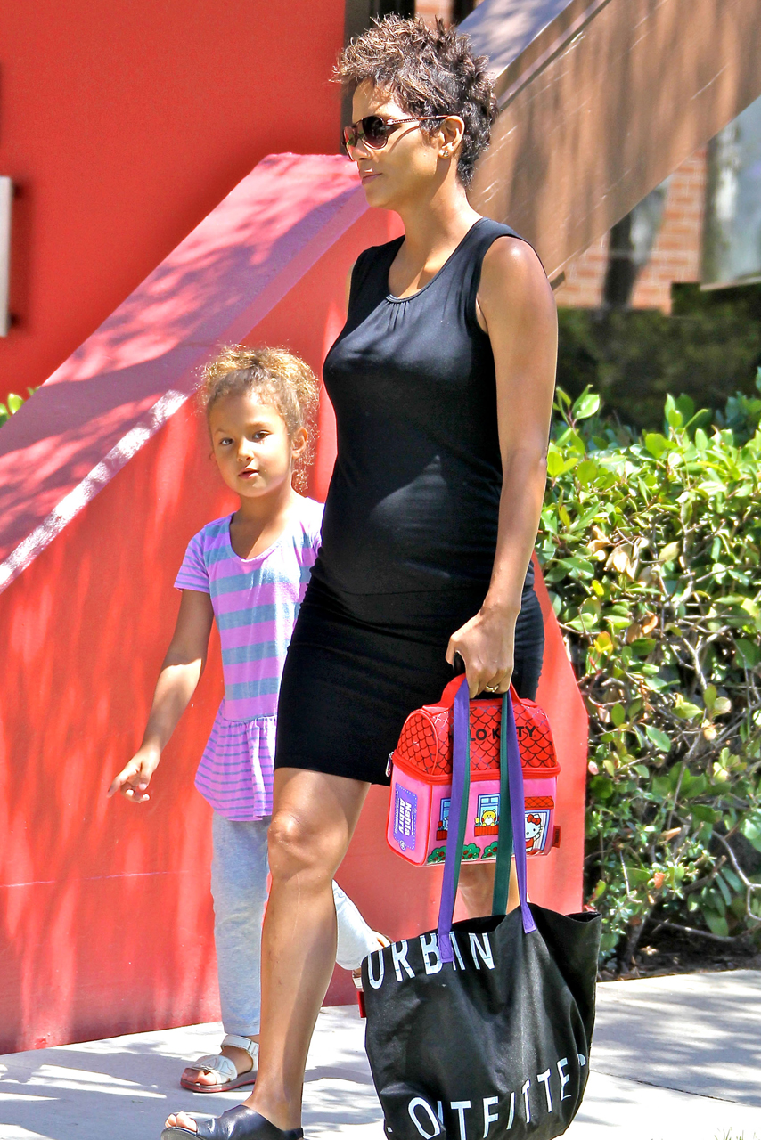 Halle Berry Shows Off Growing Baby Bump On The School Run In LA Halle Berry Shows Off Growing Baby Bump On The School Run In LA new images