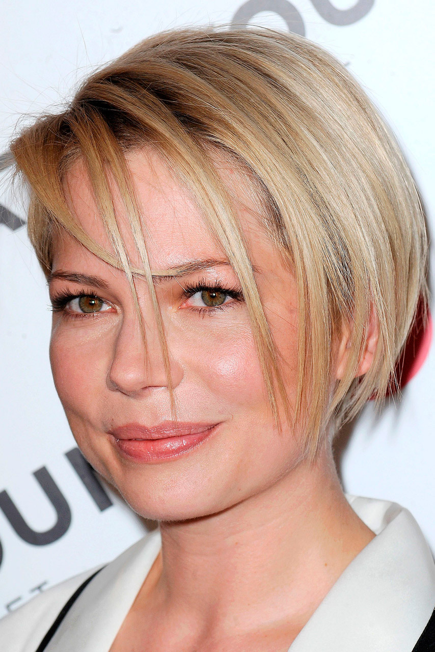 Michelle williams debuts new hairstyle at kate young for target party urmus Choice Image